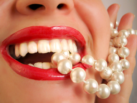 Top Best Tips for White and Healthy Sparkling Teeth